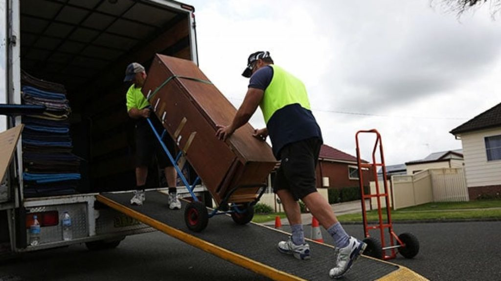 Benefits of hiring a professional moving company